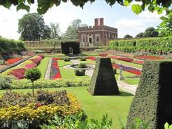 a Hampton Court kertje – részlet