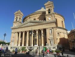 a Szűz Mária-templom Mostában