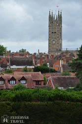 Warwick látképe a várfalról