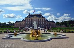 a Het Loo kastély, a holland barokk mesterműve