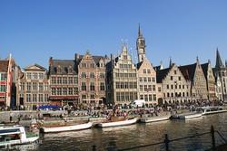 Gent: régi céhházak a Leie partján