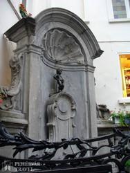 Manneken Pis – a pisilő kisfiú szobra