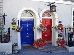 színes ajtók Dublinban