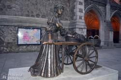 Molly Malone szobra Dublinban