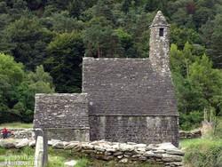 """Glendalough: Szent Kevin """"konyhája"""""""