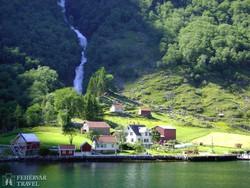 falucska a Sogne-fjord mentén