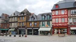 Dol-de-Bretagne bájos főtere
