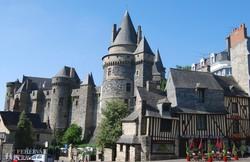 Vitré hatalmas vára az óváros szélén