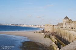 Saint-Malo monumentális városfalai