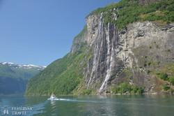 """a Geiranger-fjord és a """"Hét nővér"""" vízesés"""