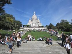 a Sacré Coeur bazilika a Montmartre-on