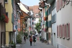 hangulatos utca Andermatt városkában