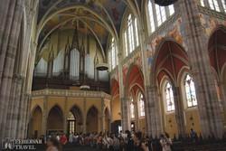 Eszék: a katedrális gyönyörű belsője