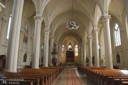 Újvidék: a Mária Neve-templom belsője