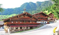 Alpbach – a virágos falu