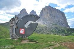 lenyűgöző panoráma a Grödner-völgy jelképével