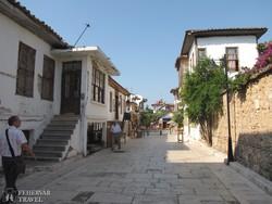 hangulatos utcarészlet Antalyában