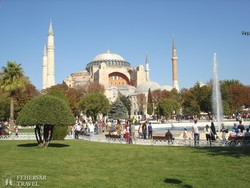 az Aya Sofia monumentális épülete Isztambulban