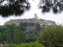 a hegyre épült St. Paul de Vence