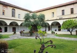 Taggia: a San Domenico-kolostor hangulatos kerengője