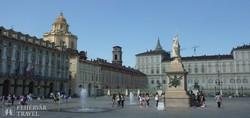 Torino: a Királyi Palota előtti tér