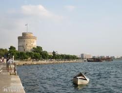 Thesszaloniki tengerpartja a híres Fehér toronnyal