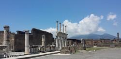 a Fórum egy részlete Pompeji romvárosában