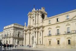 Siracusa késő barokk katedrálisa