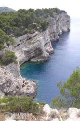 különleges sziklák a Kornati-szigetek egyikén