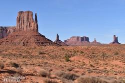a Monument Valley látványos sziklaalakzatai