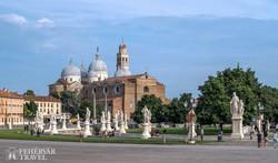 Padova dísztere, a Prato della Valle