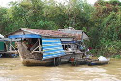 élet a Tonle Sap-tavon