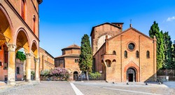 Bologna – a Santo Stefano templomegyüttes