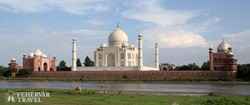a Taj Mahal mauzóleum Agrában