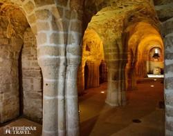 a feldebrői templom XI. századi altemploma (részlet)