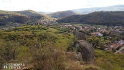 Sirok falu látképe a várból
