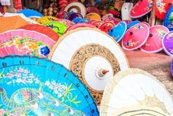 Chiang Mai – gyönyörűen díszített papírernyők