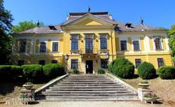 Noszvaj – a De la Motte-kastély