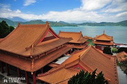 a Wenwu-templom a Sun Moon-tónál