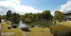 a Nijo várkastély pompás kertje Kyotóban