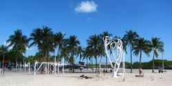 edzés az Ocean Drive egyik parkjában Miami Beach-en