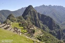 a festői fekvésű inka romváros, a Machu Picchu