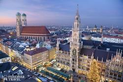 München belvárosa adventi díszben