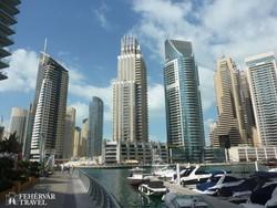 a Dubai Marina modern épületei