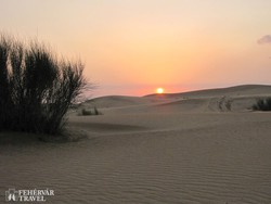 sivatagi naplemente