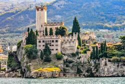 Malcesine – a Scaligeri vár épülete a Garda-tó partján