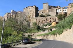 Pitigliano óvárosának egy részlete