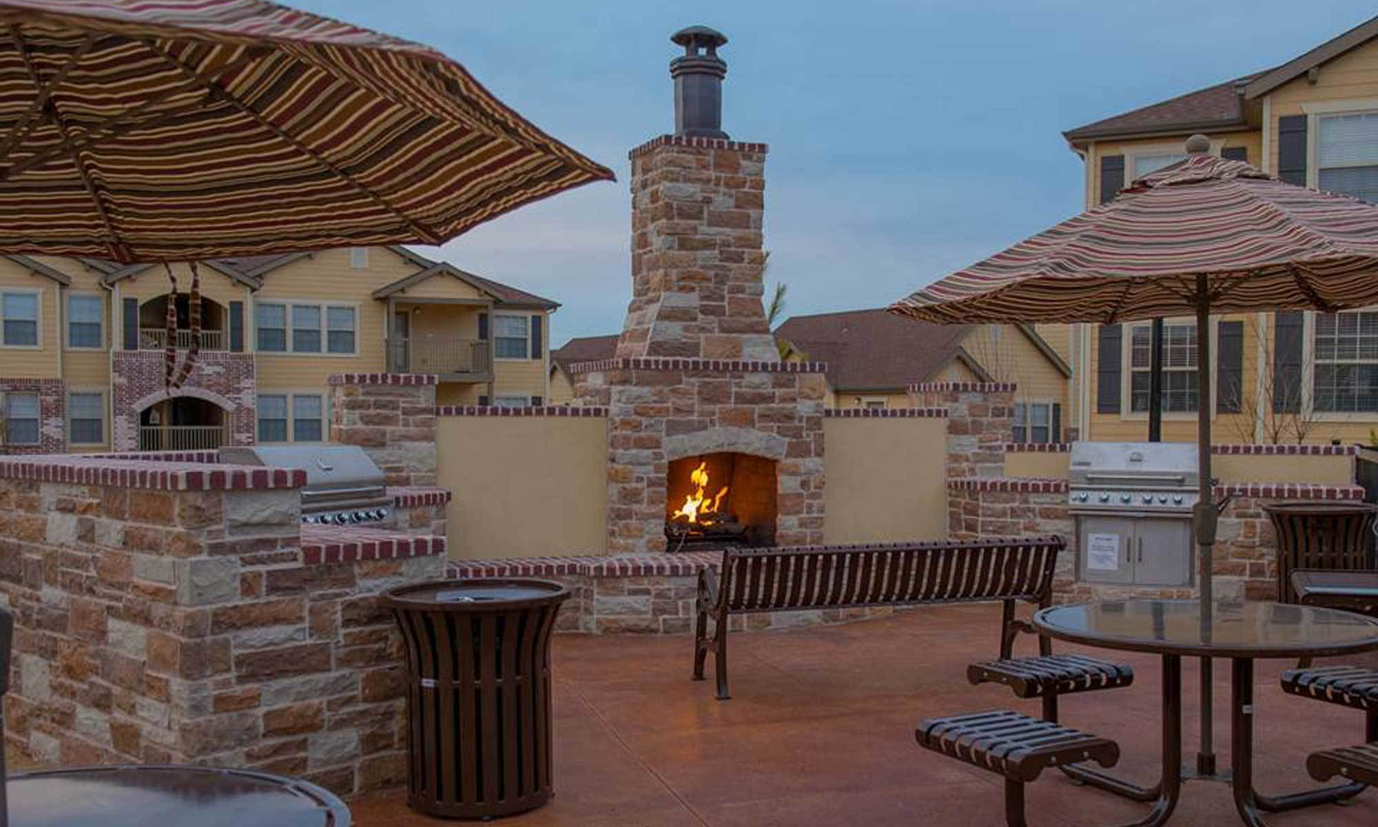 Park at Coulter apartments Outdoor Grill in Amarillo