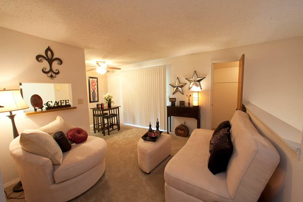 Living Room Sets Wichita Ks photos of silver springs apartments in wichita, kansas