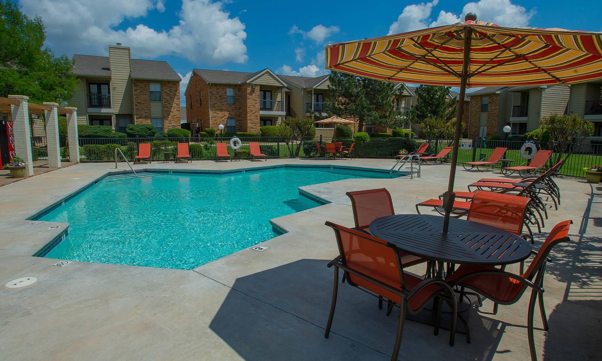 View all that Cimarron Trails Apartments has to offer